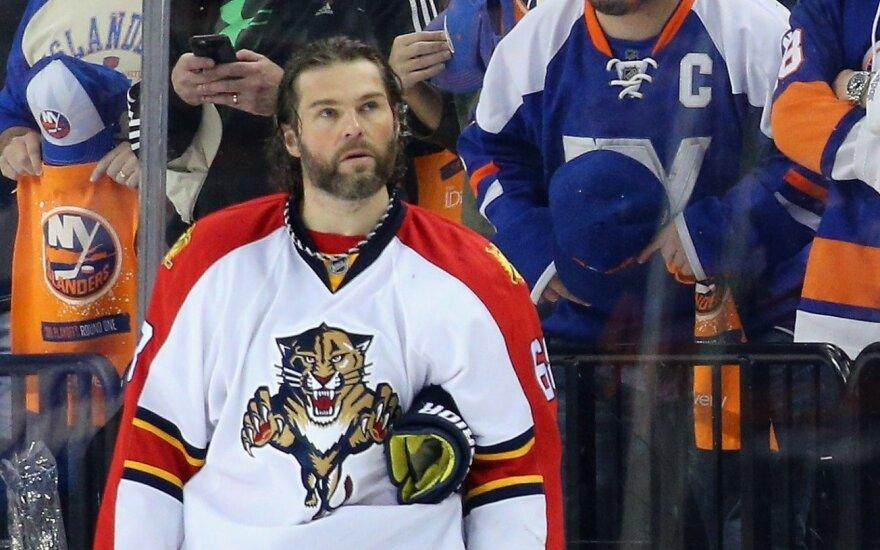 Легенда мирового хоккея Ягр остался в НХЛ еще на один сезон