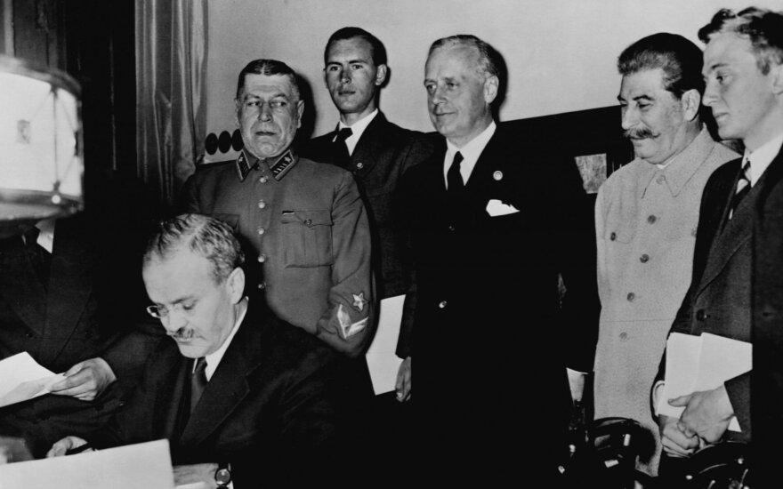 Константин Эггерт. Кремль будет еще год праздновать годовщину пакта Гитлера-Сталина