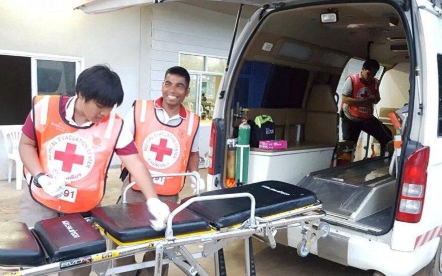 Tailando medikai ruošiasi priimti išgelbėtus berniukus