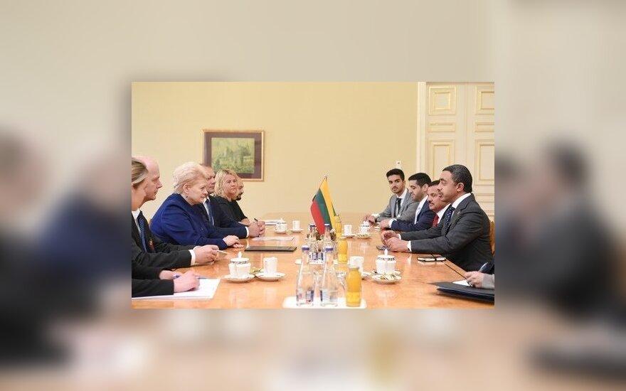 Глава МИД ОАЭ в Вильнюсе призвал увеличить торговлю между странами