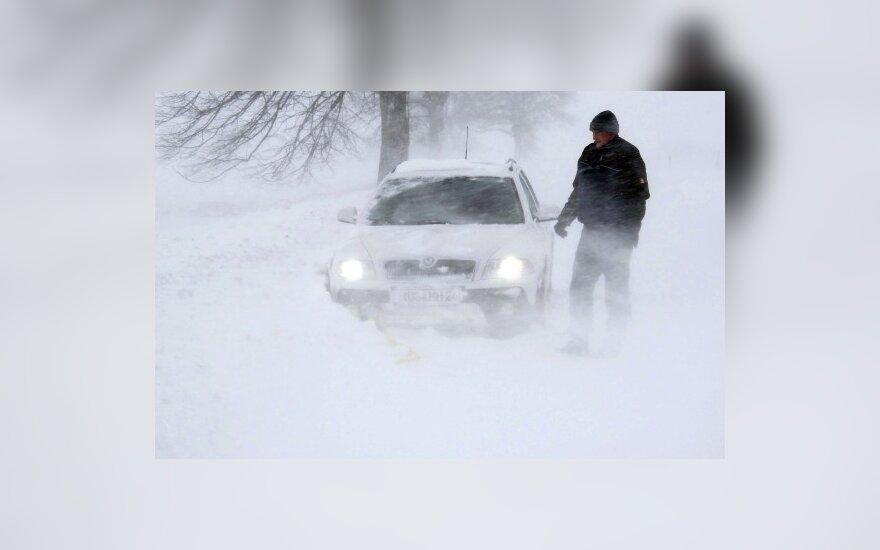 Водителей ждет испытание снегом