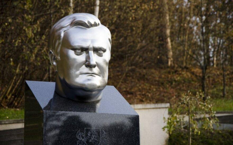 A. Brazausko kapas Prezidentų panteone