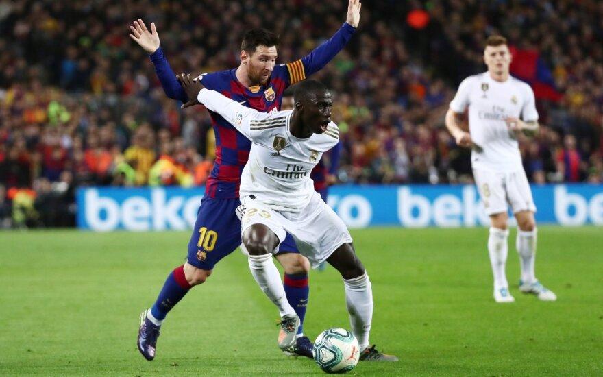 """""""Реал"""" впервые за четыре года обыграл """"Барселону"""" в чемпионате Испании"""