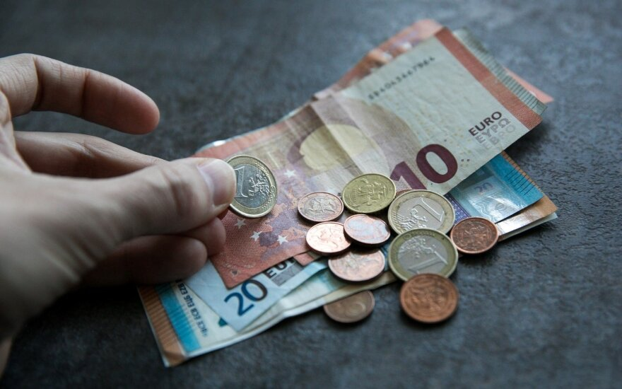 Польская компания SMS Kredyt хочет открыть в Литве банк
