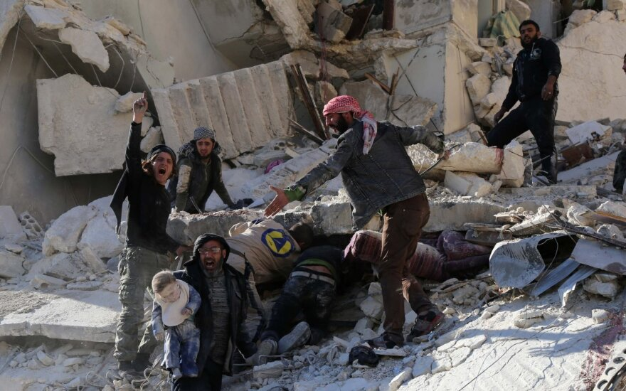 В сирийском Алеппо в результате обстрелов погибло много детей