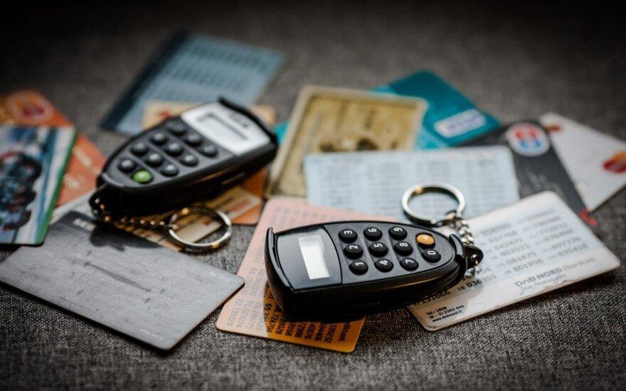 Banki pod presją. Klienci zapłacą więcej?