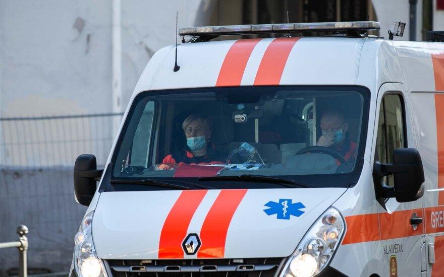 Клайпедские медики отрицают, что 94-летний пациент скончался от коронавируса