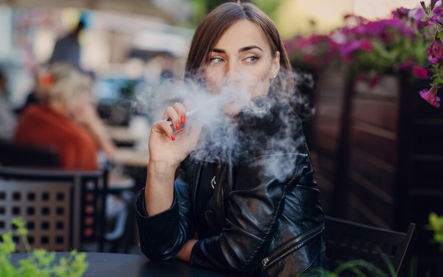 В Сейме Литвы – запрет на демонстрацию курева в магазинах