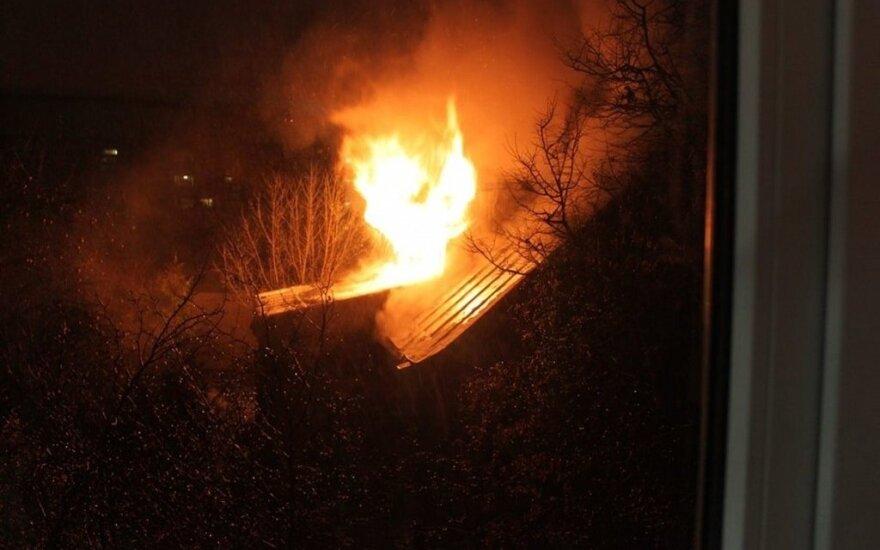 В горевшем доме пожарные обнаружили труп женщины