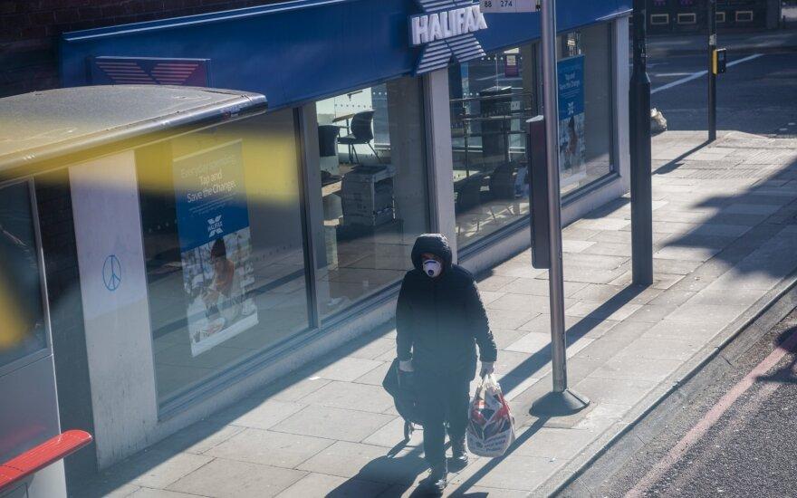 Великобритания планирует ввести двухнедельный карантин для туристов