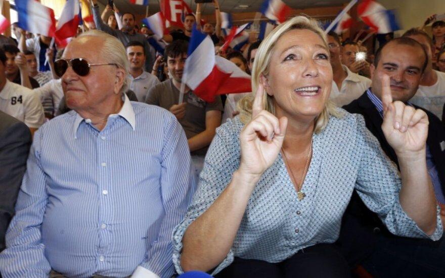 Место Ле Пена на выборах займет его внучка