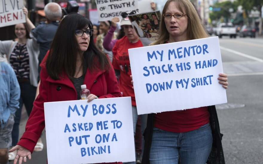 Protesto prieš seksualinį priekabiavimą akimirka