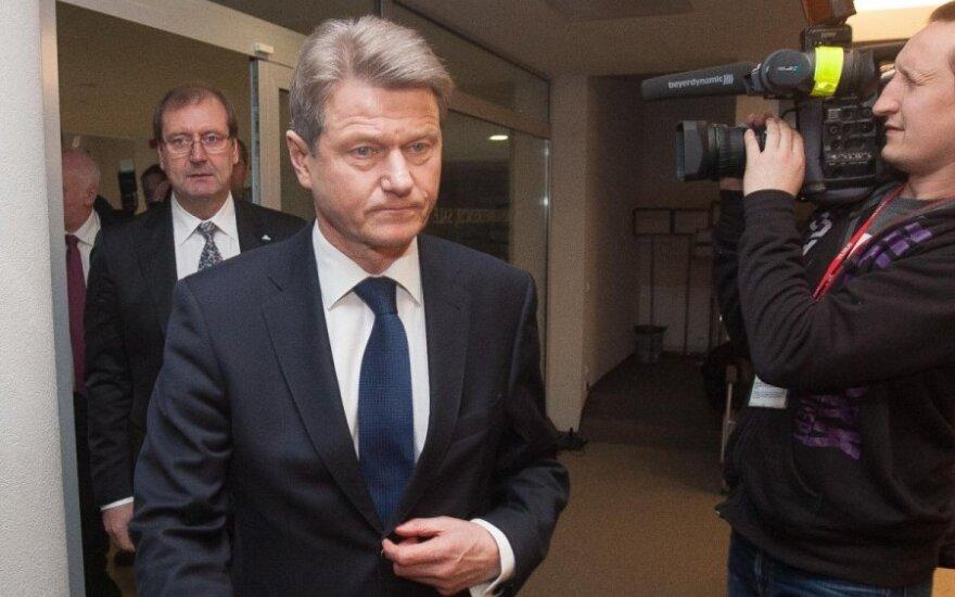 Viktoras Uspaskichas, Rolandas Paksas