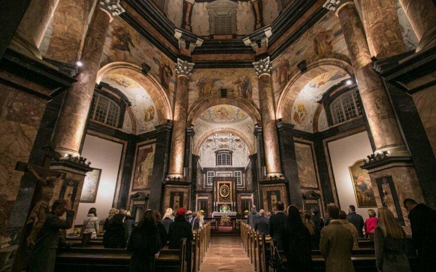 Со следующей недели епископы Литвы отзывают публичные мессы
