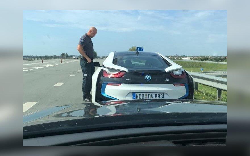Водитель BMW на взморье превысил допустимую скорость в 2 раза – 180 км\ч