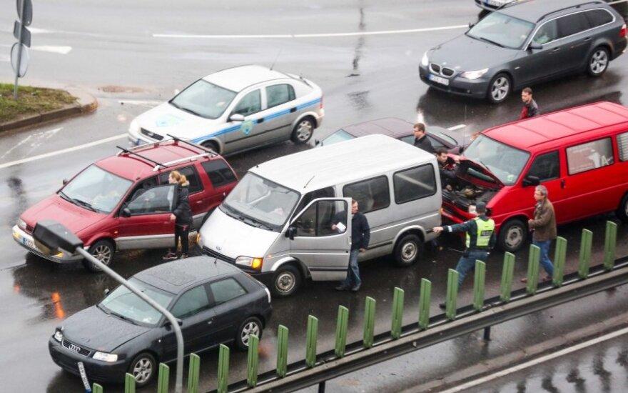 В Вильнюсе столкнулись 8 автомобилей