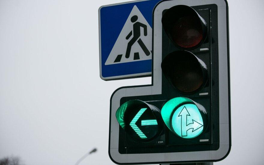 Какие изменения ждут водителей Литвы после Нового года: важно знать