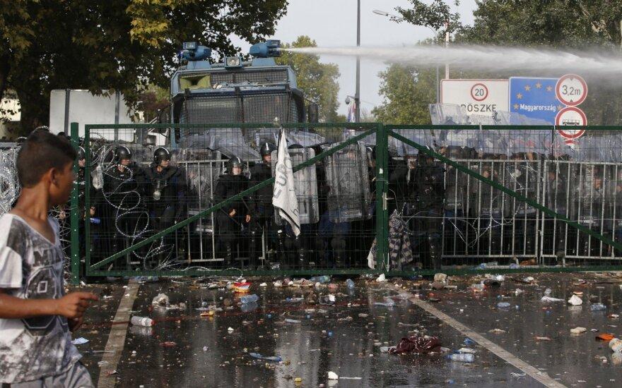 """Парламент Венгрии одобрил законы """"Стоп Сорос"""": правозащитники негодуют"""