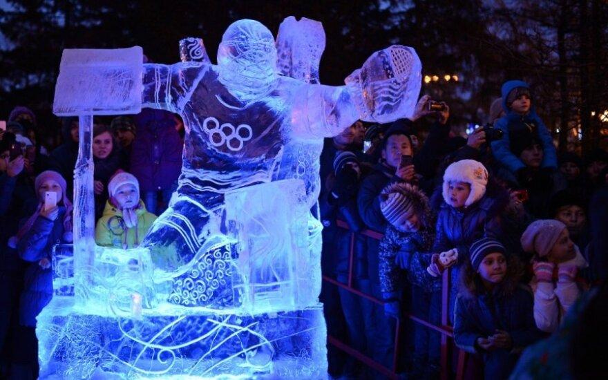 Sočio olimpiadai skirta ledo skulptūra