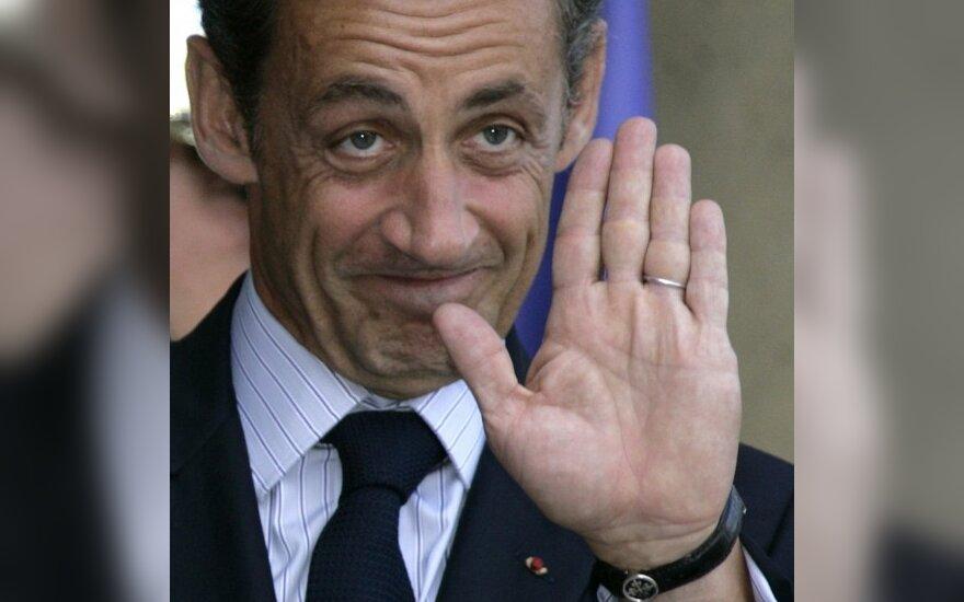Саркози недоволен засильем английского языка