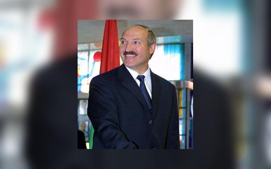 А.Лукашенко: сотрудничество с Европой и союз с РФ