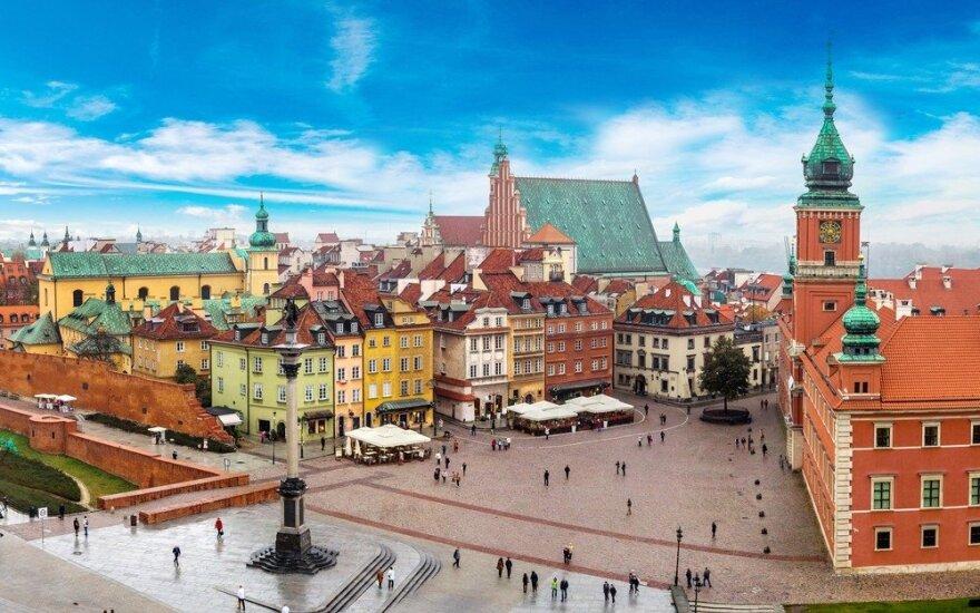 После долгого перерыва литовских парламентариев пригласили в Варшаву