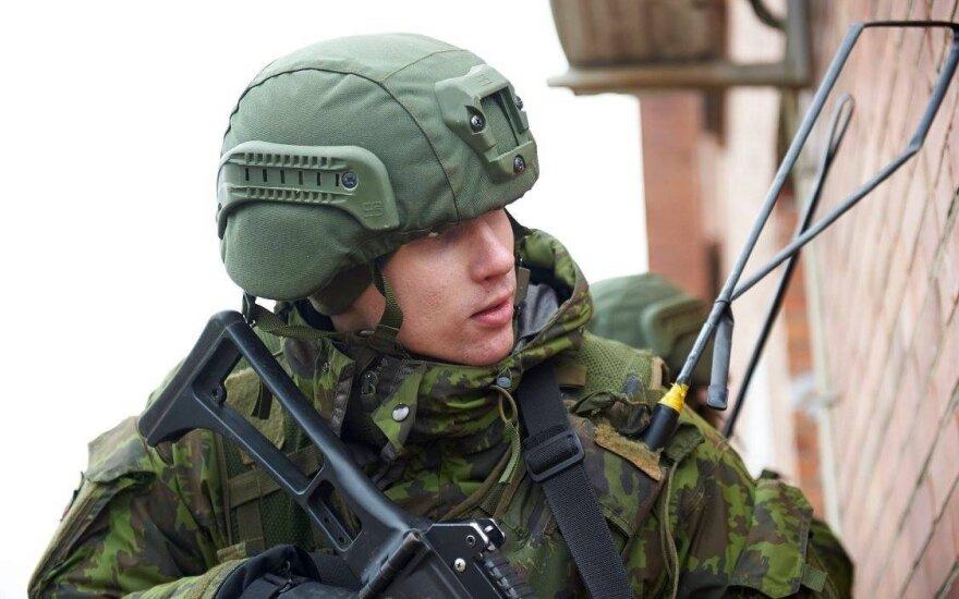 Выявлено 12 лиц, подозреваемых в хищении имущества армии Литвы