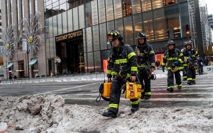 При пожаре в Trump Tower в Нью-Йорке погиб продавец картин Уорхолла