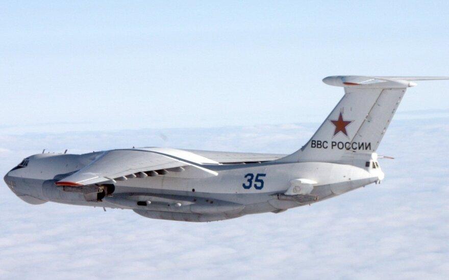 Rosyjskie myśliwce, bombowce i tankowce w pobliżu litewskiej granicy