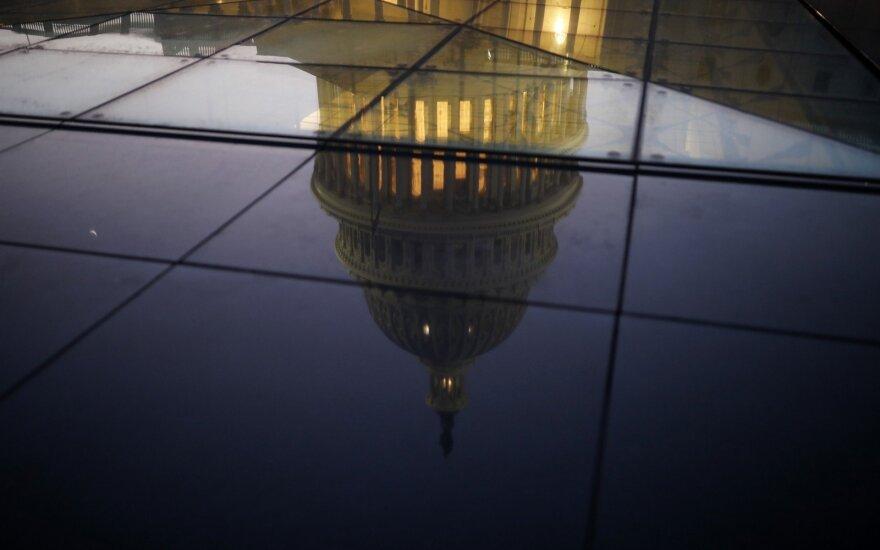 Шатдаун в США: признаков компромисса не наблюдается