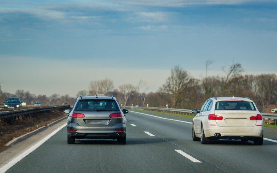 Какие налоги на регистрацию и за пользование будут платить многие владельцы автомобилей в Литве