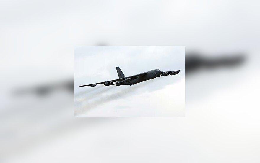 Bombonešis B-52