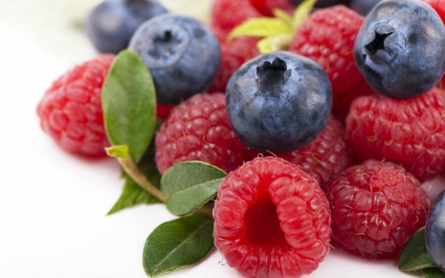 Врачи советуют пить соки из ягод