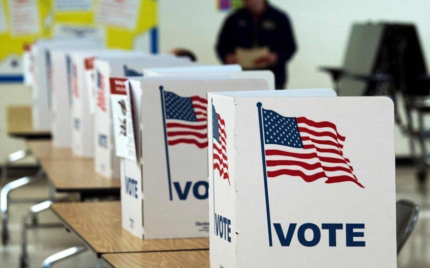 Российских хакеров обвинили во взломе систем голосования в США