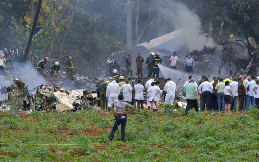 Kuboje po pakilimo sudužo keleivinis lėktuvas Boeing-737