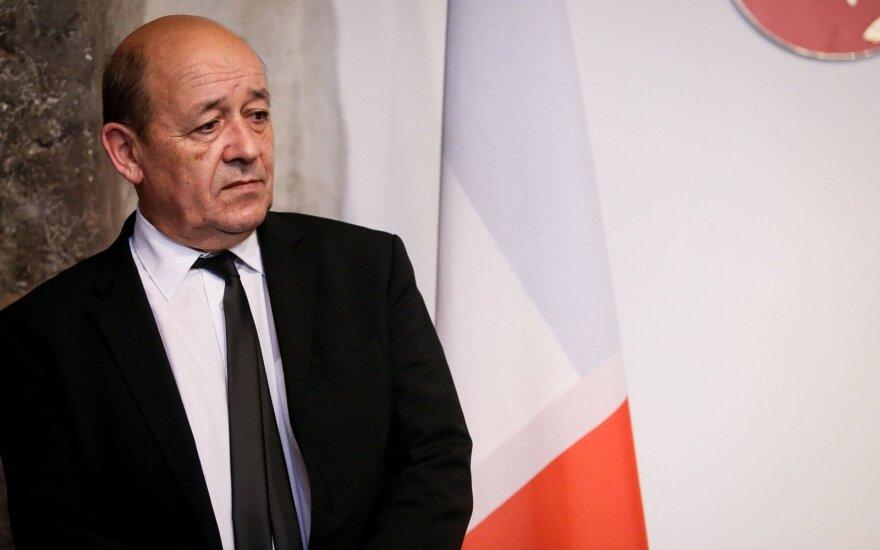 Париж настаивает на политическом урегулировании по Ирану