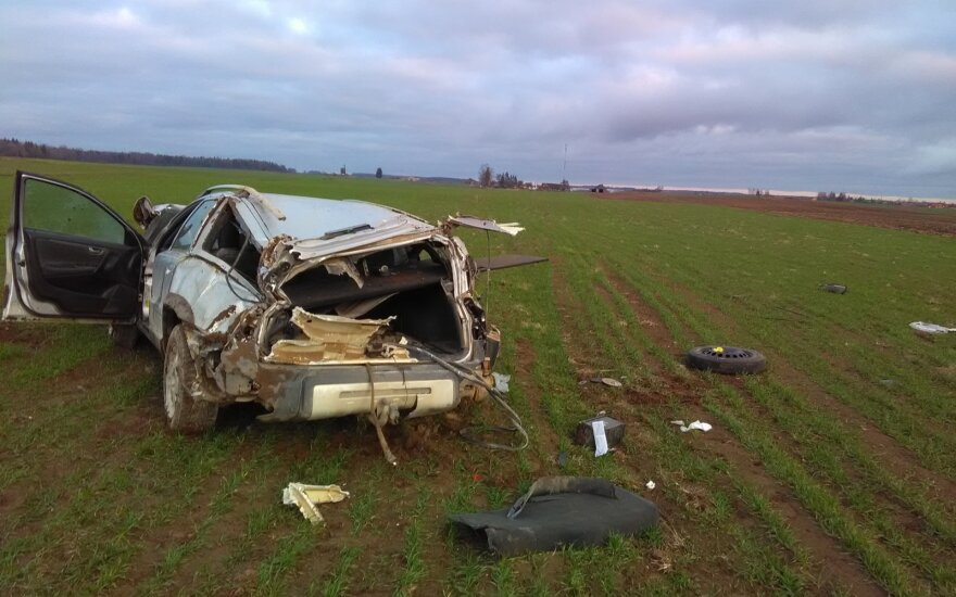 Трагическое ДТП в Кедайняйском районе: погиб водитель Volvo