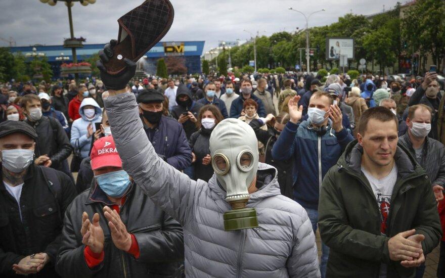 """Лукашенко строго предупредил всех """"майданутых"""""""