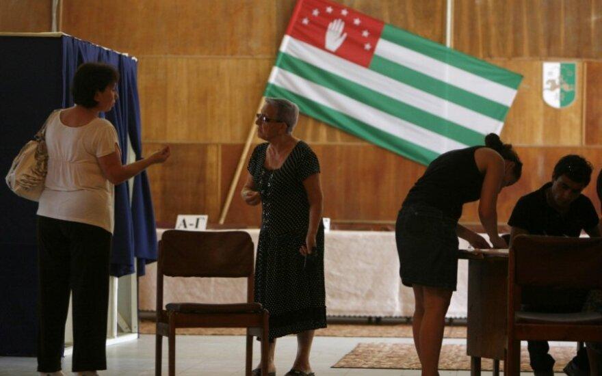 Abchazija rinkimuose renka savo lyderį
