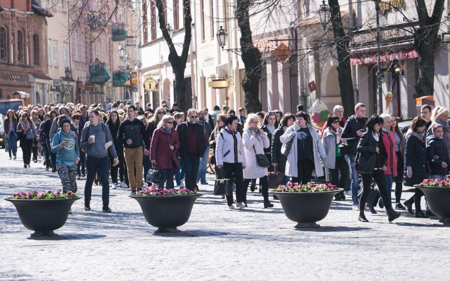 В Вильнюсе прошла акция протеста против увеличения продолжительности учебного года
