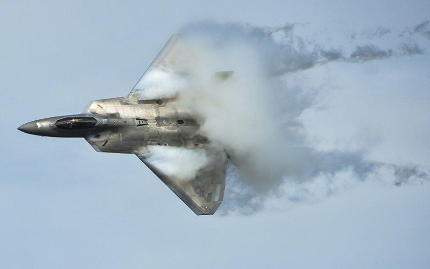 Самолет ВВС США разбился на авиашоу в присутствии Обамы