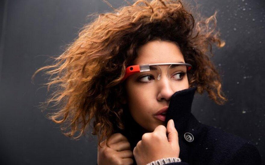 Mercedes интегрирует навигационную систему с Google Glass