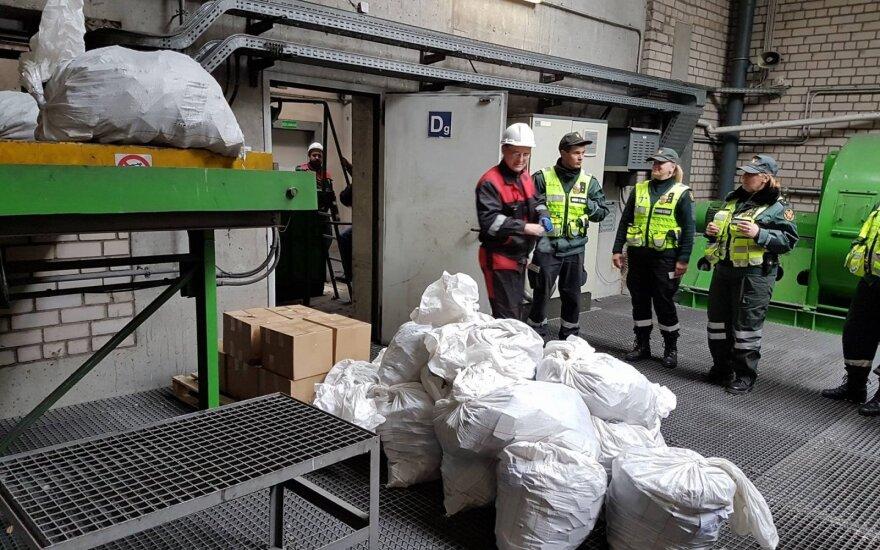 Столичная полиция задержала подозреваемых и изъяла кокаин на сумму 240 000 евро