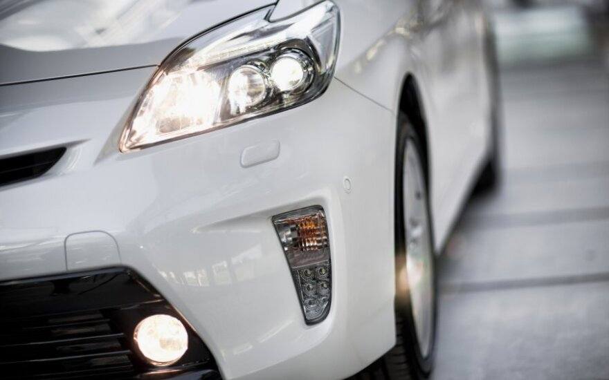 Эстония - европейский лидер по продажам новых автомобилей
