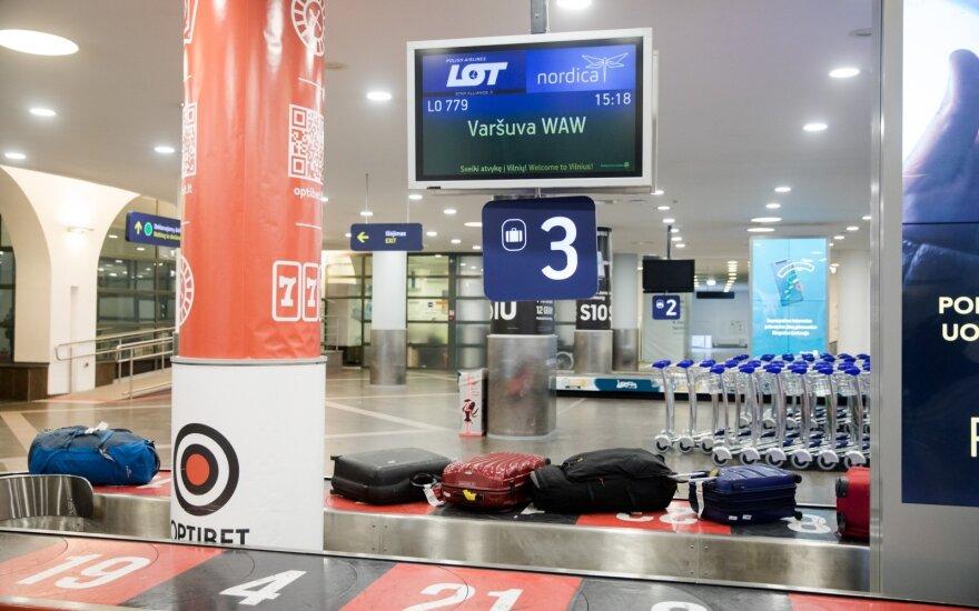 На одном из последних самолетов из Минска в Вильнюс прилетели граждане Литвы
