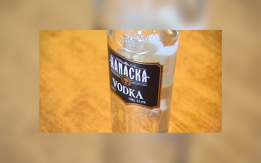 Pavojingas čekiškas alkoholis