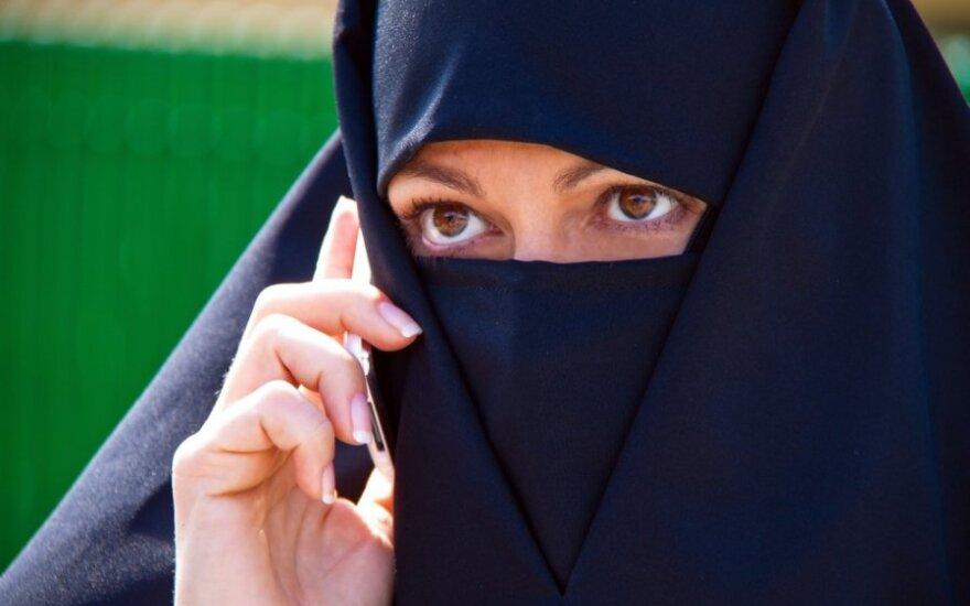 Rodzice w szoku! Zajęcia z islamu albo oskarżenie o dyskryminację rasową