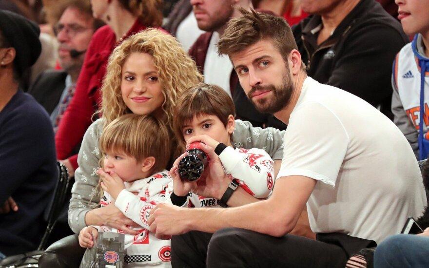 Shakira ir Gerardas Pigue su vaikais