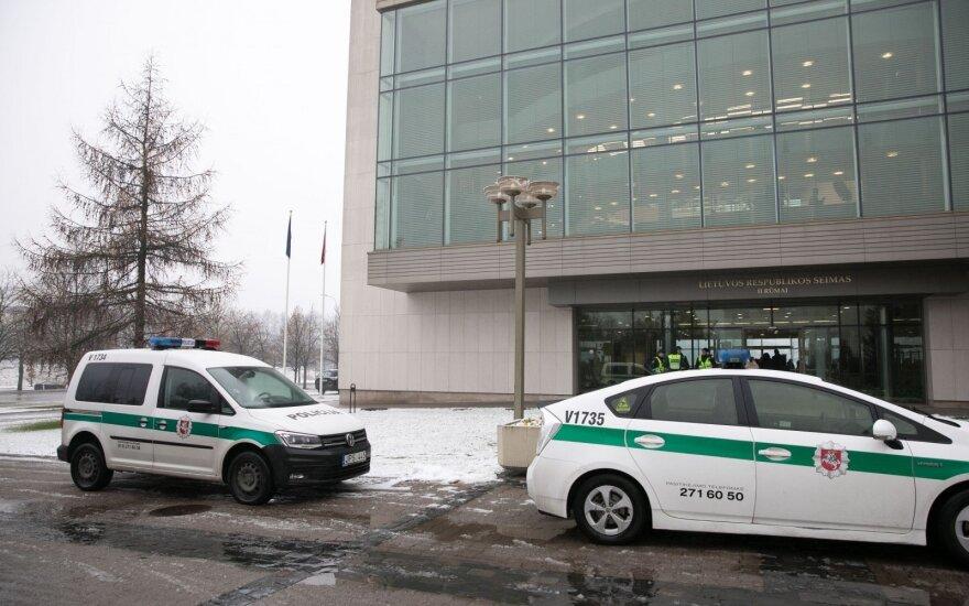 В полицию позвонил мужчина, сообщивший о бомбе в парламенте Литвы