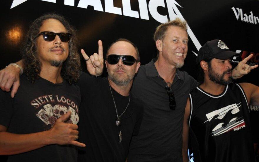 Гитарист Metallica потерял iPhone с 250 своими риффами